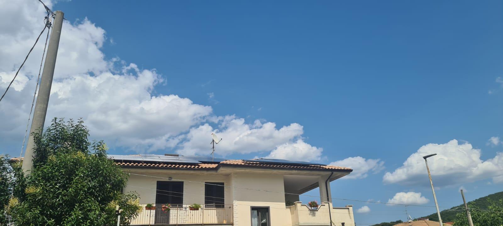 Impianto Fotovoltaico 13,6kWp Moduli SunPower Inverter Huawei - Sant'Agapito (IS)